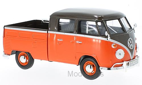 VW T1 metallic-braun/hellrot, Pick Up mit Surfboard