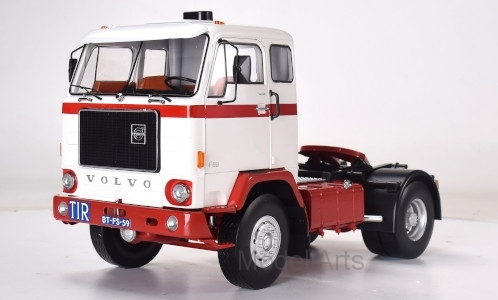 Volvo F88, weiss/rot, 1971