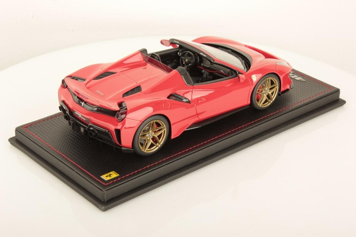 Ferrari 488 Pista Spider Rosso Scuderia Without Stripe Modellauto